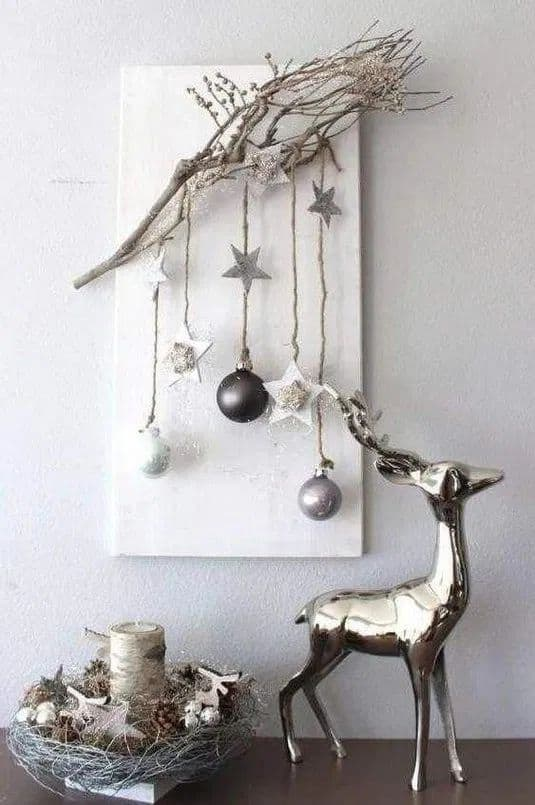 Easy Christmas Wall Art Ideas Using Natural Materials 1 • Do-It-Yourself Ideas
