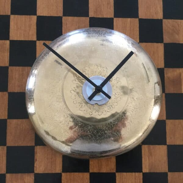 Upcycled Clocks Made From Just About Anything 5 • Home & décor