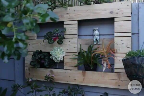 How To Make A Vertical Garden From Pallet Wood 1 • Recycled Pallets