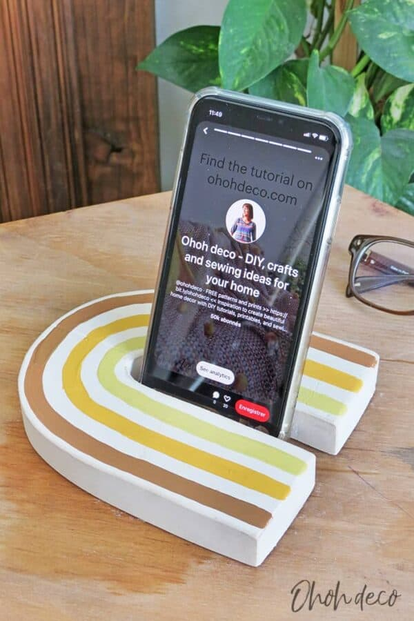 DIY Cell Phone Stand 3 • Recycled Cardboard