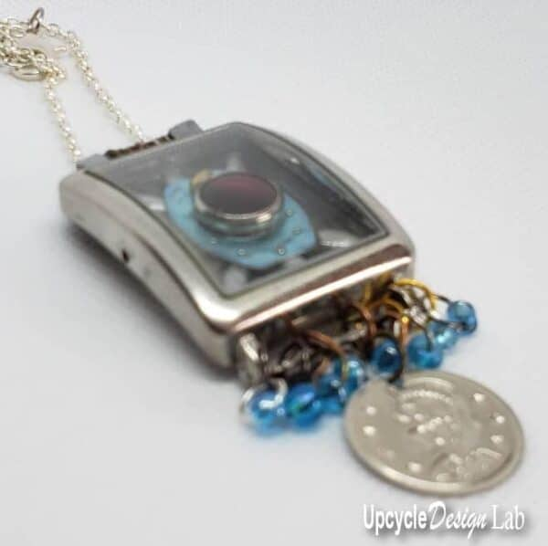 DIY: Watch Parts Into Pendants 3 • Upcycled Jewelry Ideas