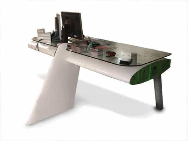 Airplane Wing Desktop 1 • Mechanic & Friends