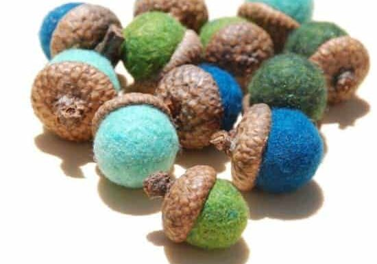 felted-wood-acorns