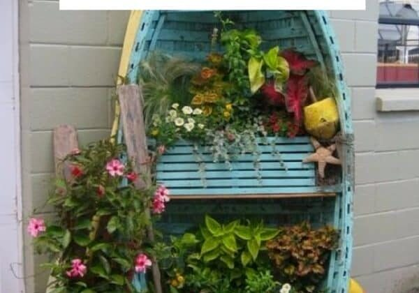 recyclart.org-35-amazing-ways-to-upcycle-old-boats-01