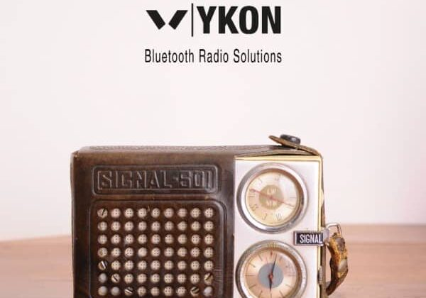recyclart.org-bluetooth-speaker-from-old-vintage-radio