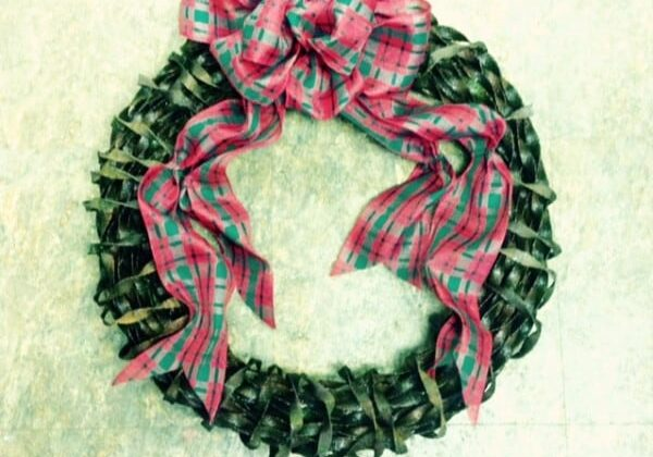 recyclart.org-wreath