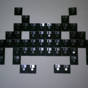 Space-invaders-wall