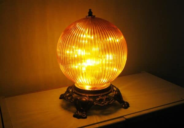 recyclart.org-funky-orange-globe-night-light-or-bedside-table-lamp-05