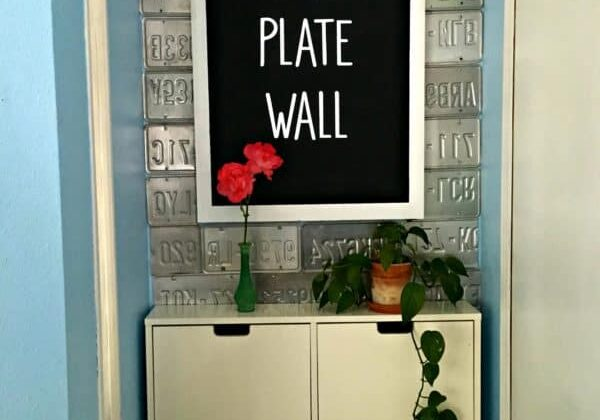 recyclart.org-license-plate-wall-diy