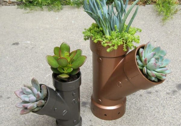 recyclart.org-steampunk-planters-03