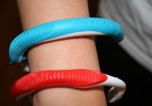 tooth-brush-bracelets