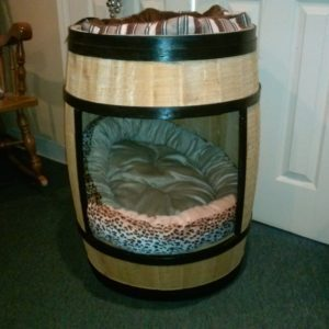 recyclart.org-barrel-dog-house