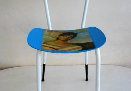 recycled_chair_girl_1