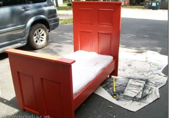 repurposed-door-bed