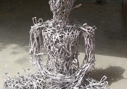 scissor-sculpture