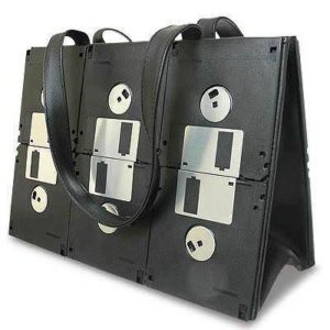 upcycled-floppy-disk-purse
