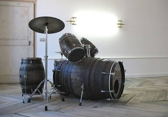 wine-barrel-drum-set-537x402